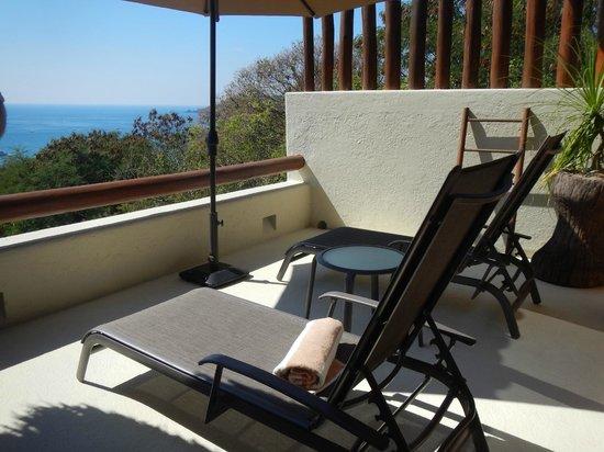 Hotel Cinco Sentidos: Grand Suite Loungers