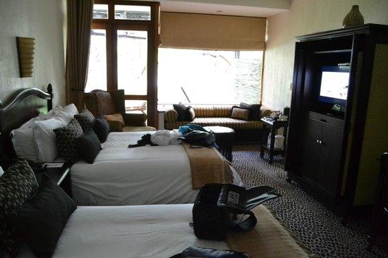 Bakubung Bush Lodge: LInda y cómoda habitación