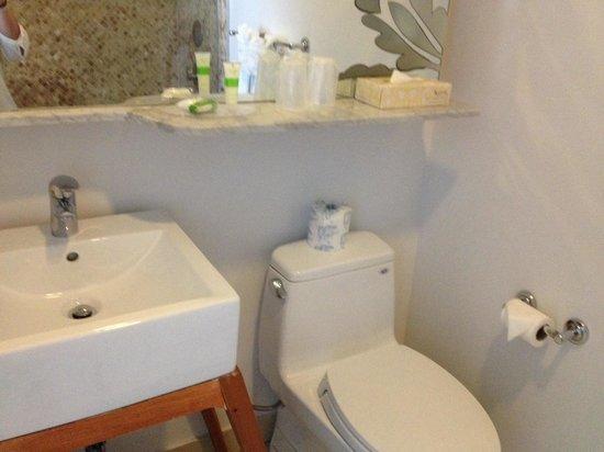 The President Hotel - Miami Beach: Bathroom