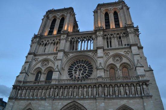 Cathédrale Notre-Dame de Paris : Catedral de Notre-Dame