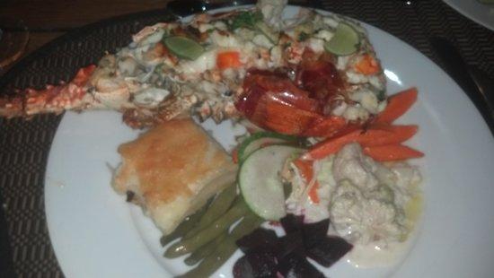 The Aquarium Restaurant : lobster...great portion