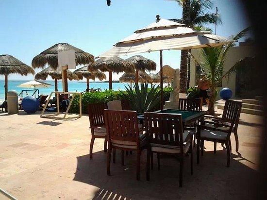 Club Regina Cancun: beautiful beach