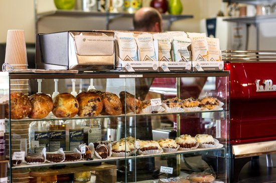 PineRidge Farm : Lots of fresh baked treats