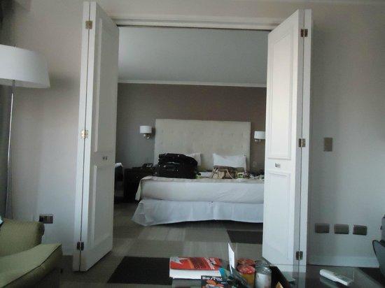 Plaza El Bosque San Sebastian: vista do quarto, a partir da sala de estar
