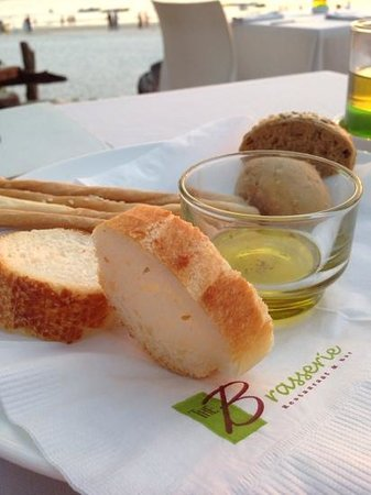 The Brasserie : bread with olive oil