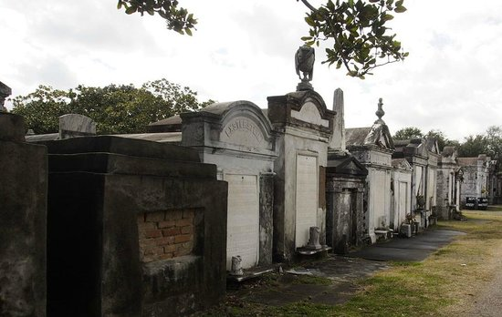Lafayette Cemetery No.1: typical view of the Lafeyette cemetary