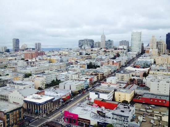 Holiday Inn San Francisco Golden Gateway : East facing room showing Coit Tower, TA, etc!