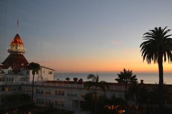 Hotel del Coronado: sunrise from our room