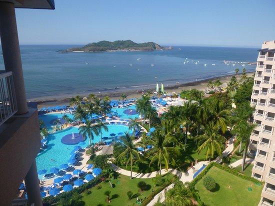 Azul Ixtapa Beach Resort & Convention Center: View From room to ixapa island