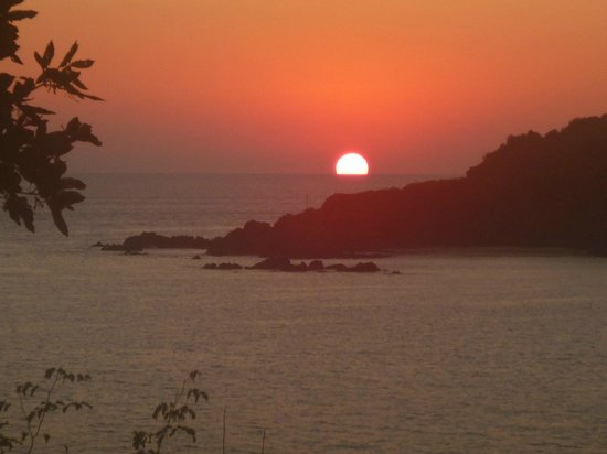 Azul Ixtapa Beach Resort & Convention Center: sunset view from behind convention centre