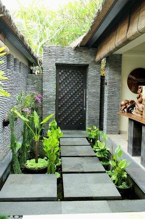 The Zala Villa Bali: garden