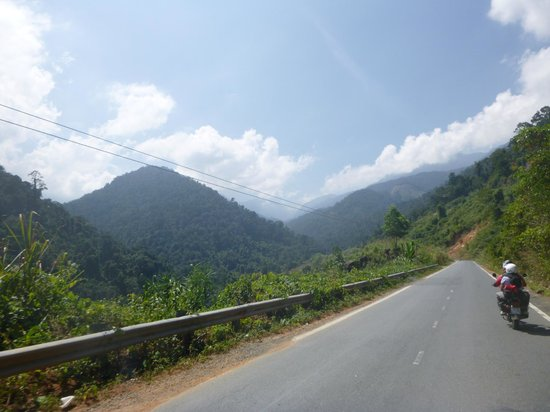 Easy Riders Vietnam: heading up the mountain