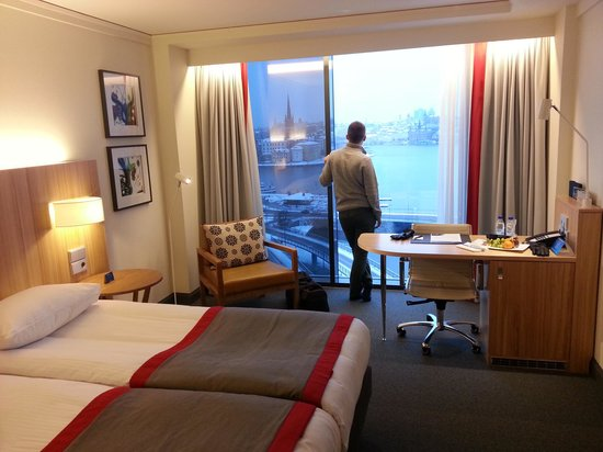 Radisson Blu Waterfront Hotel: room with a view
