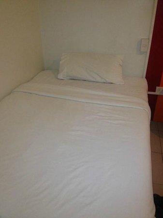 Escario Central Hotel: Bed