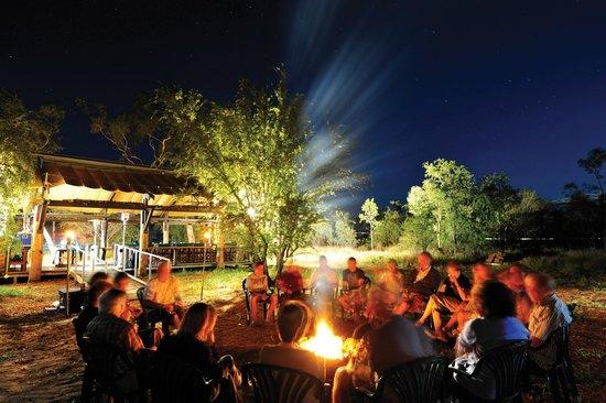 Bungle Bungle Wilderness Lodge: Relax around the campfire