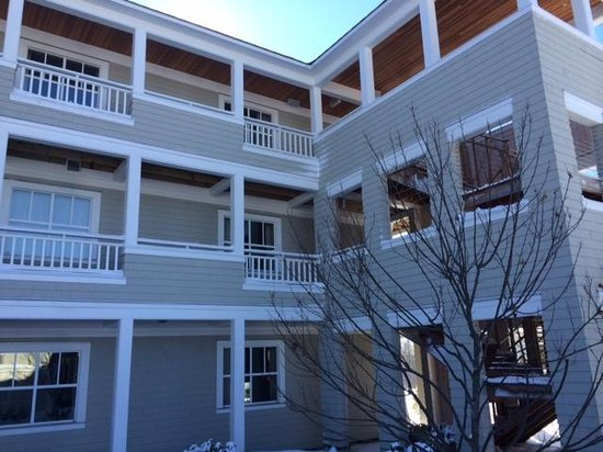 Inn by the Sea : Exterior of Beach Suites