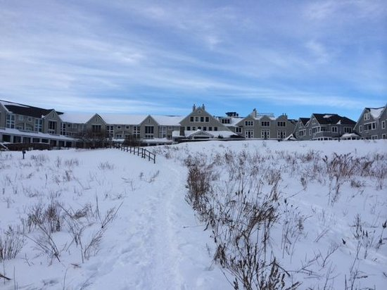 Inn by the Sea : View from the walk from bech (winter)
