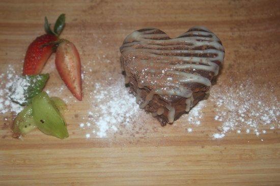 Elegance Cafe : Chocolate mousse cake