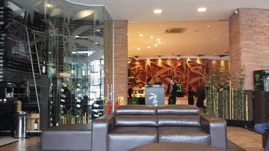 Churrascaria Jardins Grill: Sala de espera