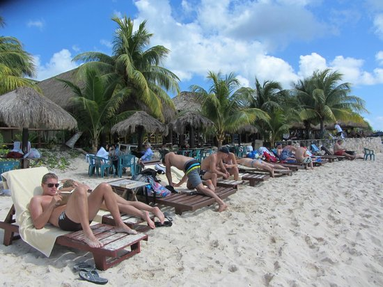 Playa Palancar : Beach beds