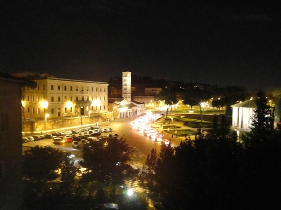 Fortyseven Hotel Rome: View at night