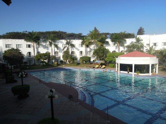 Lemon Tree Hotel, Aurangabad: piscine