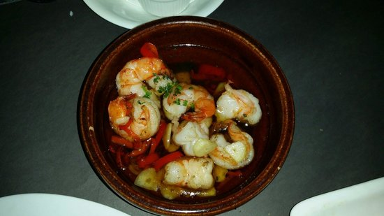 El Cerdo : Olio chilly prawn simple appetizer...