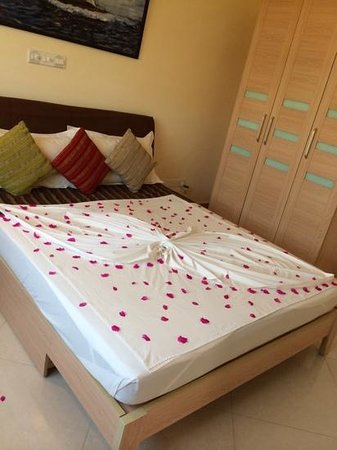 Hulhumale Inn: my bed on arrival