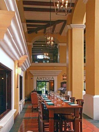 Costa Rica Marriott Hotel San Jose: Courtyard / Antigua