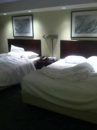 SpringHill Suites Dayton South/Miamisburg: Two Double beds in Suite