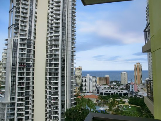 Vibe Hotel Gold Coast : view from our room