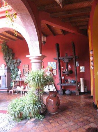 Casa de la Cuesta: hotel grounds
