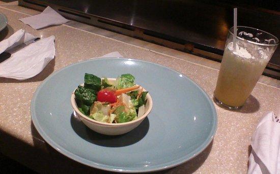 Ichiban Japanese Teppanyaki & Sushi - Caguas: salad