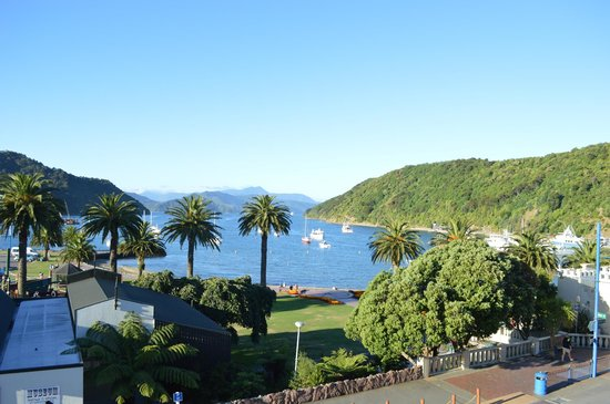 Harbour View Motel Picton : View from the balcony on a balmy late summer evening