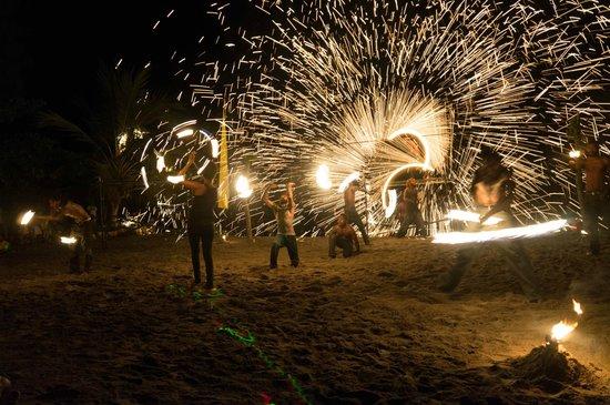 The Beach Bar: The fire show