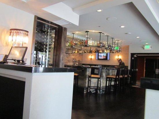 The Landing Resort & Spa : Jimmys Restaurant and Bar