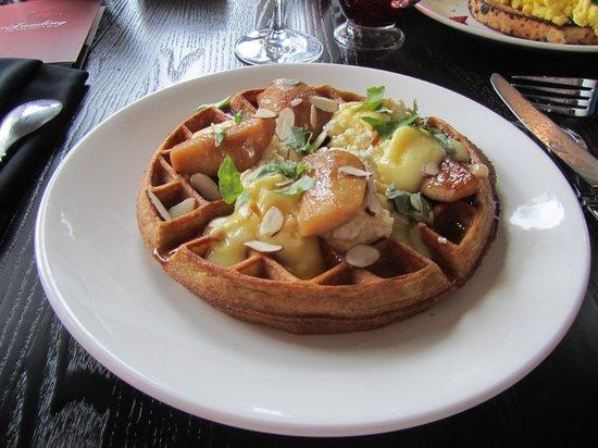 The Landing Resort & Spa: Delicious Breakfast
