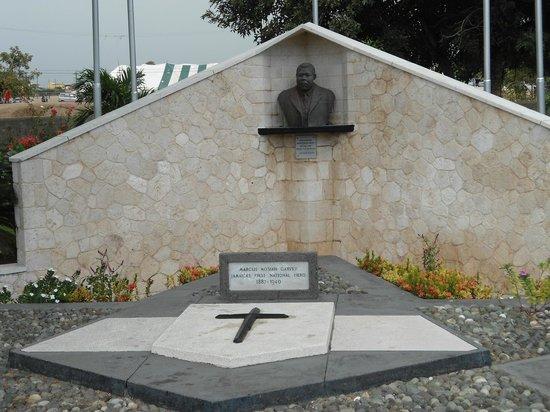 National Heroes Park : Marcus Garvey