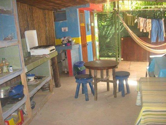 Casa Surf: Guest kitchen/hangout area