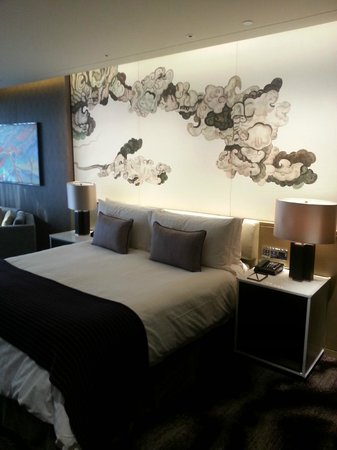Four Seasons Hotel Shenzhen: 很舒適的床