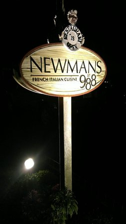 Newmans at 988 : Sign lit up...