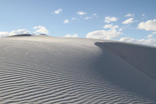 White Sands National Monument: White sands dunes.