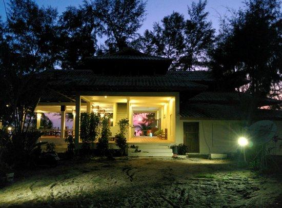Phayam Lodge