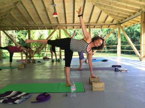 Frenchman's Cove Resort : Yoga In the Shala 2