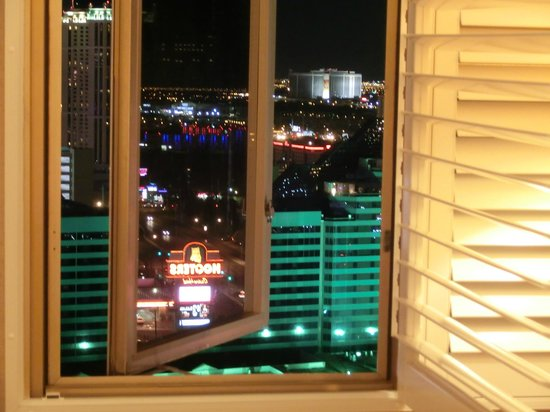 Tropicana Las Vegas - A DoubleTree by Hilton Hotel: View from my room