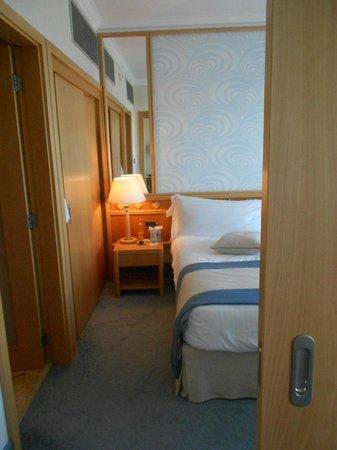 Constantinou Bros Asimina Suites Hotel: coin séparé entre la chambre et le salon