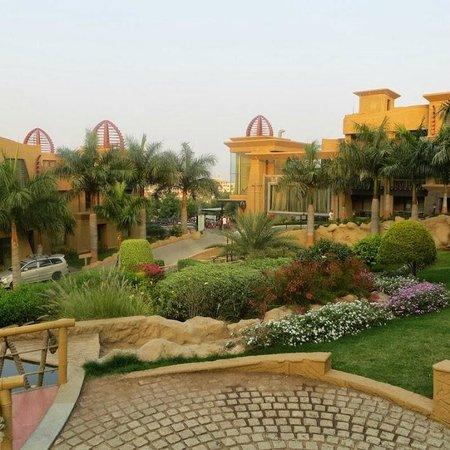 The Corinthians Resort & Club: Garden