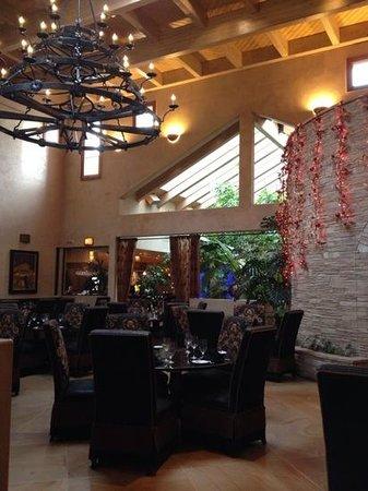El Monte Sagrado: hotel restaurant dining room