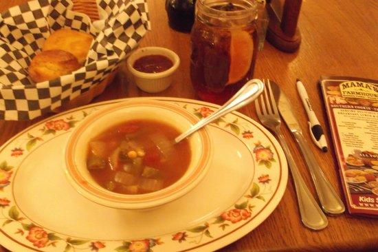 Mama's Farmhouse: Choice soup or salad