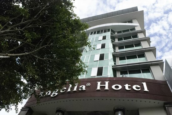 Angella Hotel: The hotel